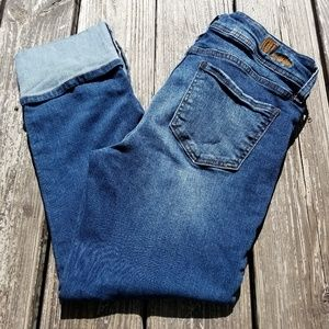 Kut from the kloth size 8 cuffed cropped jeans